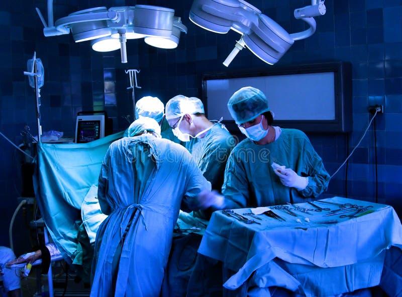 Chirurgen royalty-vrije stock afbeeldingen