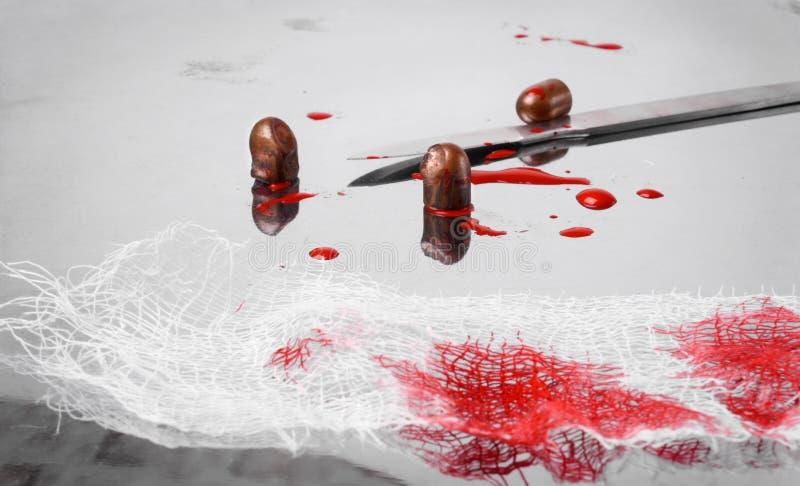 Chirurgisch concept met kogels en bloed stock foto's