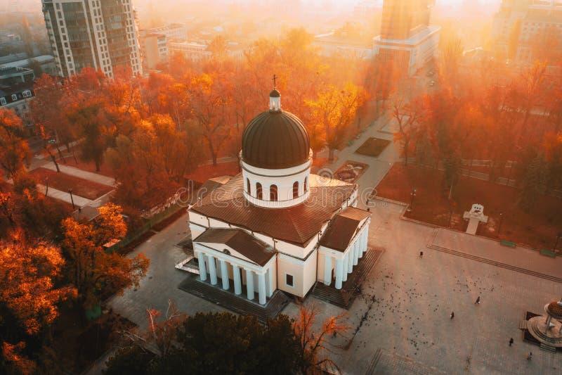 Chisinau Metropolitaanse Kathedraal in Central Park, Moldavië Republ stock foto's