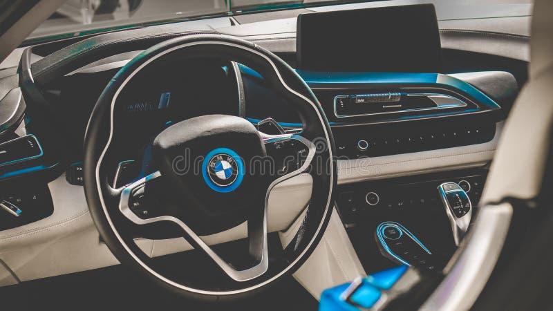 14/08/2017 Chisinau, republika Moldova BMW i8 Wewnętrzny spojrzenie, zdjęcia royalty free