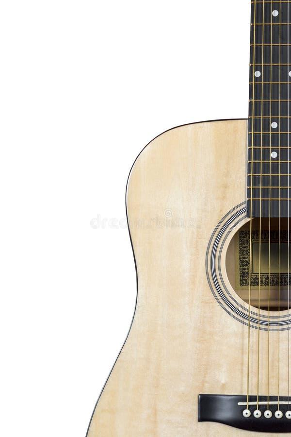 Chitarra acustica su una priorità bassa bianca immagini stock libere da diritti