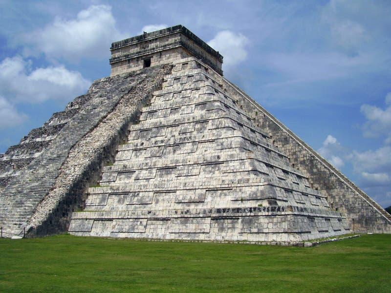 chitzen itzapyramiden arkivfoton