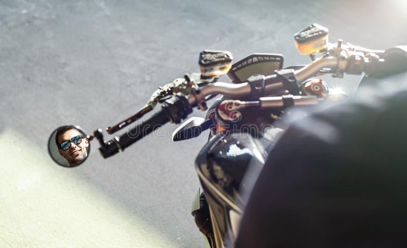 Dettaglio Dello Specchio Del Motociclo Immagine Stock ...