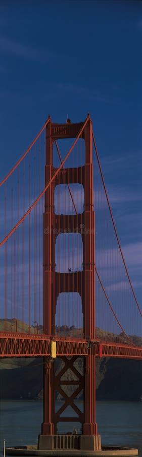 Chiuda in su del ponticello di cancello dorato, San Francisco, CA fotografia stock