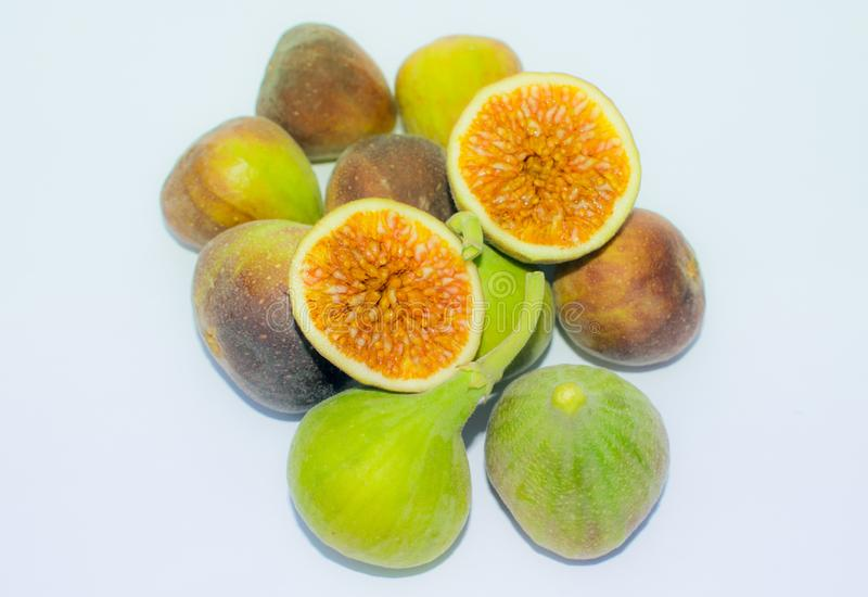 Chiuda su della frutta fresca del fico isolata immagine stock libera da diritti
