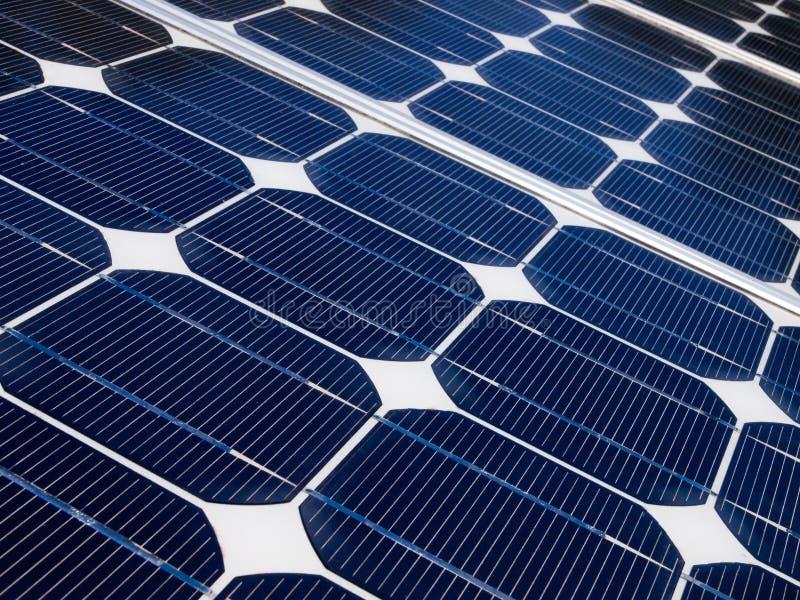 Chiuda su delle cellule di un pannello solare fotografia stock libera da diritti