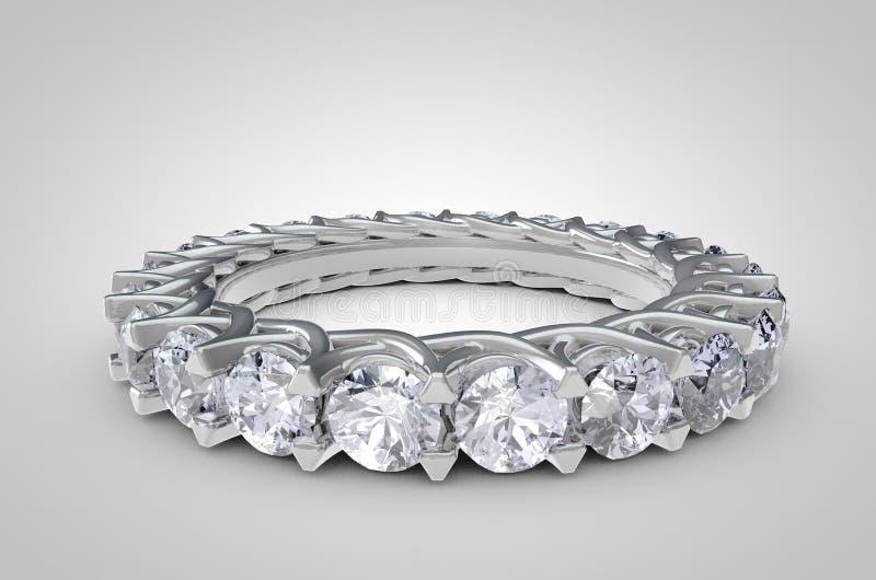 Chiuda su di Diamond Ring su fondo bianco fotografia stock libera da diritti