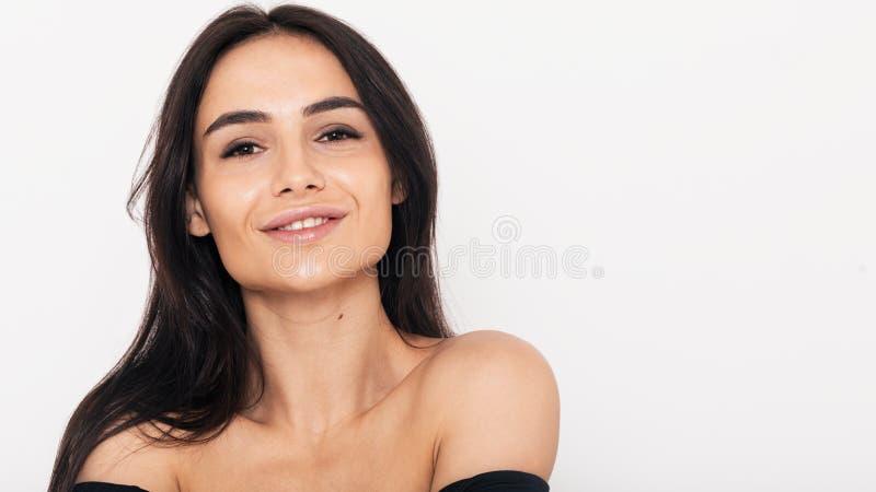 Chiuda su di una donna sorridente fotografie stock libere da diritti