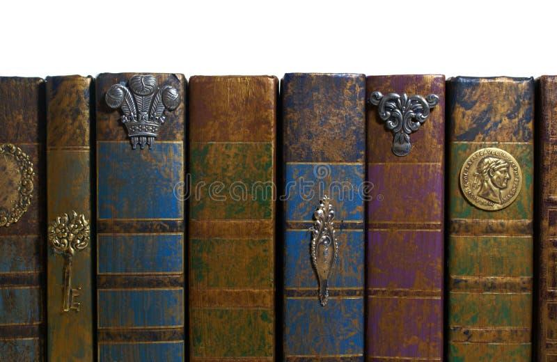 Chiuda su di vecchi libri fotografie stock