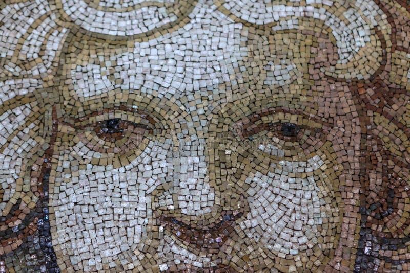 Chiuda sul cherubino Angel Face del mosaico immagini stock libere da diritti
