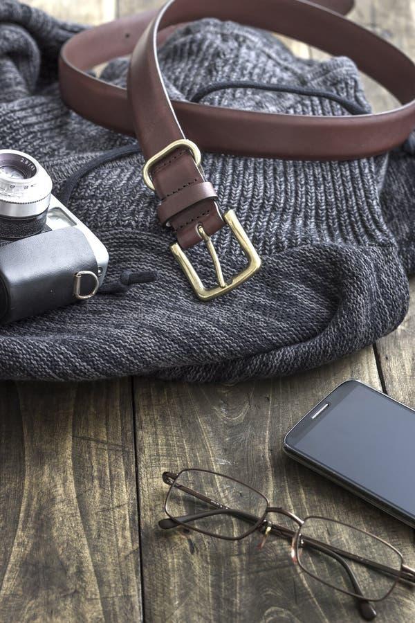 Chiuda sul colpo dei vestiti dell'inverno degli uomini fotografia stock