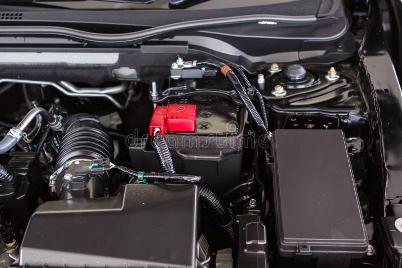 Chiuda sul dettaglio del motore di automobile fotografie stock