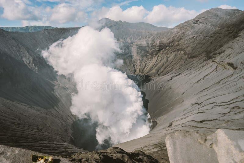 Chiuda sul Mt Vulcano di Bromo, Indonesia fotografia stock