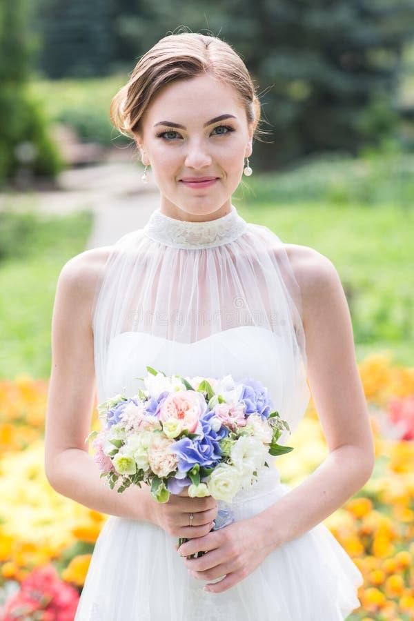 Chiuda sul ritratto della sposa immagine stock libera da diritti