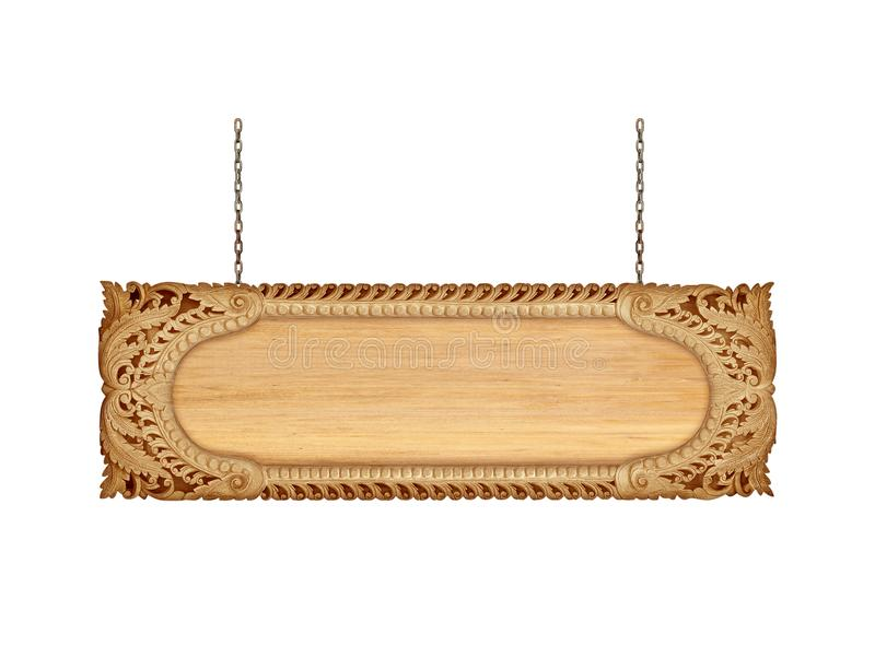Chiuda sulla struttura di legno del segno con la catena su bianco fotografia stock