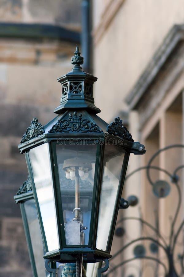 Chiuda sulla vecchia lampada immagine stock