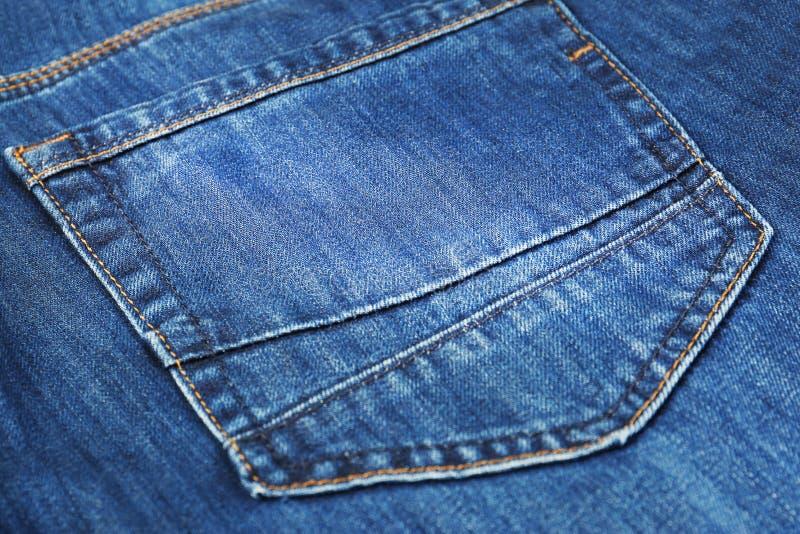 Chiuda sulla vista delle blue jeans immagini stock libere da diritti