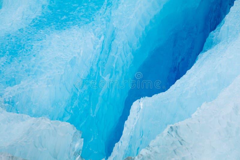 Chiusura di Cracked iceberg fotografie stock