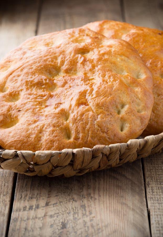Download Chleb zdjęcie stock. Obraz złożonej z kultura, mąka, piekarnia - 41951992