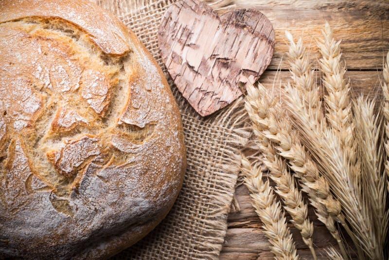 Download Chleb zdjęcie stock. Obraz złożonej z zdrowy, organicznie - 41952028