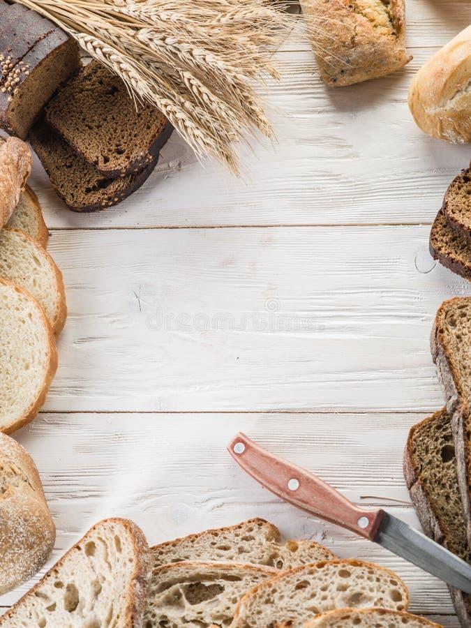 Download Chleb i banatka zdjęcie stock. Obraz złożonej z batuta - 57651788