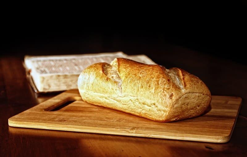 Chleb i biblia obrazy royalty free