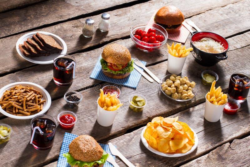 Chleb i krakers z hamburgerem zdjęcia royalty free