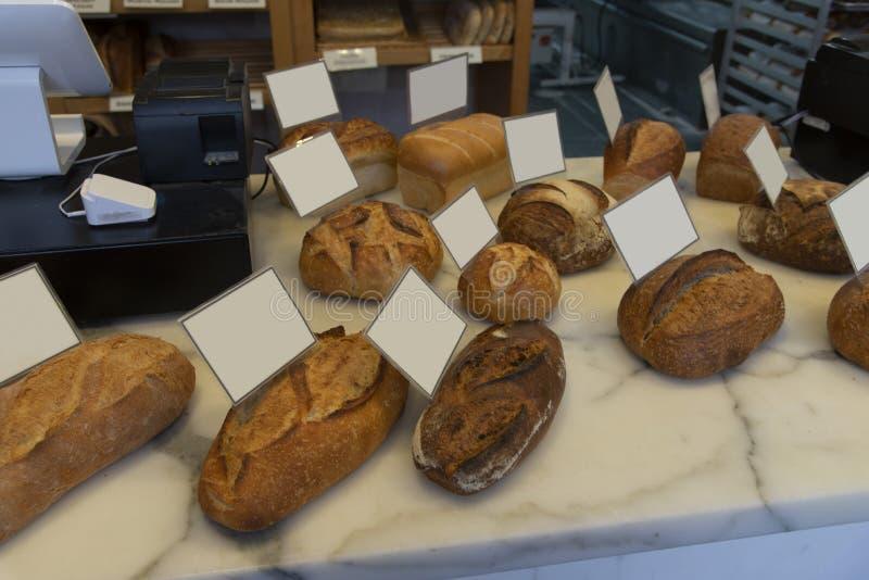 Chleb na targowej półce zdjęcie stock