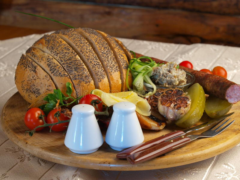 chleb piec na grillu obrazy stock