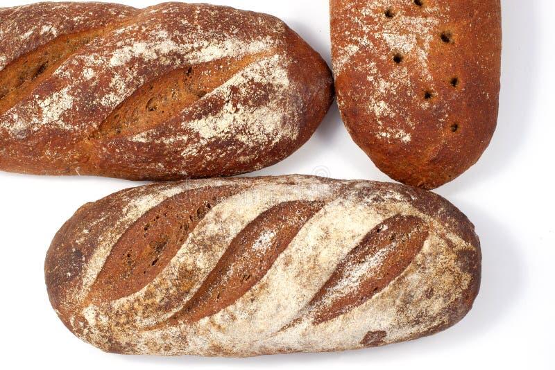 Chleb - raye sourdough chleb, kilka bochenki nearby-2 zdjęcie royalty free