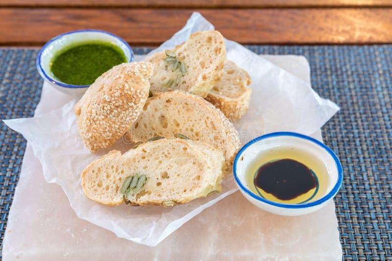 Chleb z pesto obraz stock