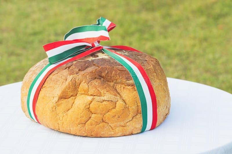 Chleb z Węgierskim Tricolor faborkiem obraz royalty free