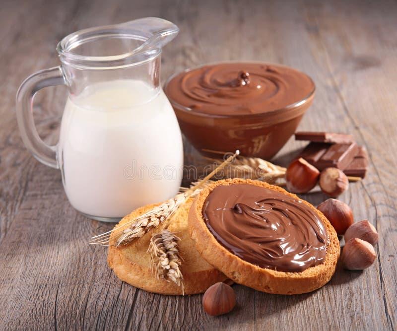 Chlebowa grzanka i czekolada obraz stock