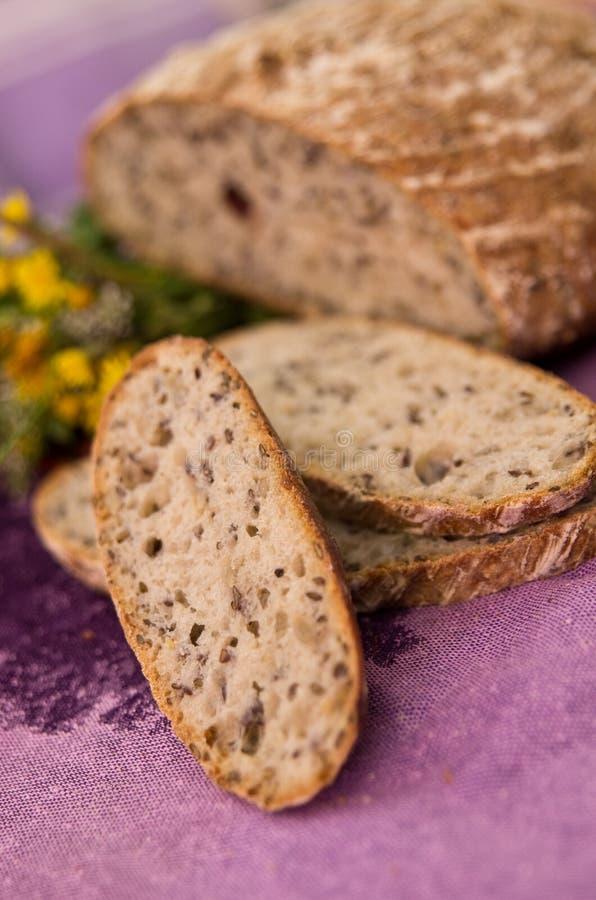 chlebowi świezi gorący plasterki zdjęcie royalty free