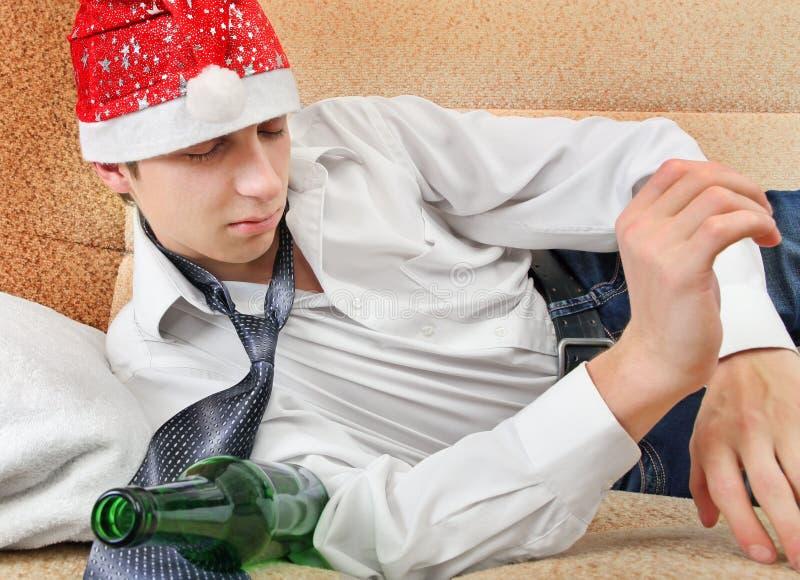 Chmielny nastolatek w Santa kapeluszu zdjęcia royalty free
