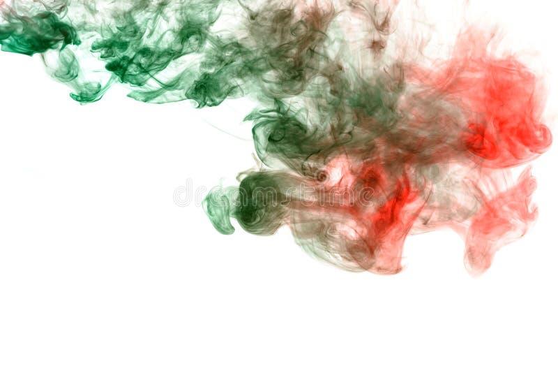 Chmura dymu w Chińskim stylu z zielonym i czerwonym kolorem na białym tle Druk dla koszulki Toksyczny atrament zdjęcie royalty free