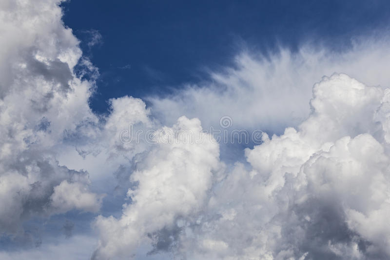 Chmura i niebo zdjęcia stock