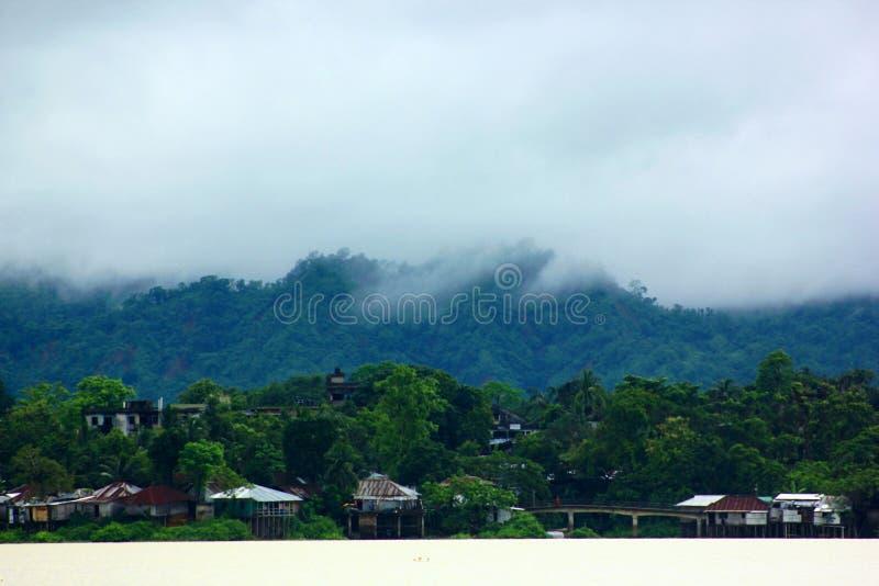 Chmura na wzgórzu obraz stock