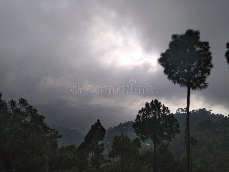 Chmurna pogoda zdjęcia royalty free