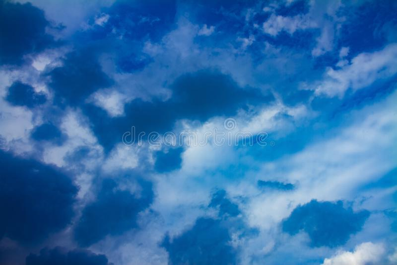 Chmurnego nieba dzień zdjęcie stock