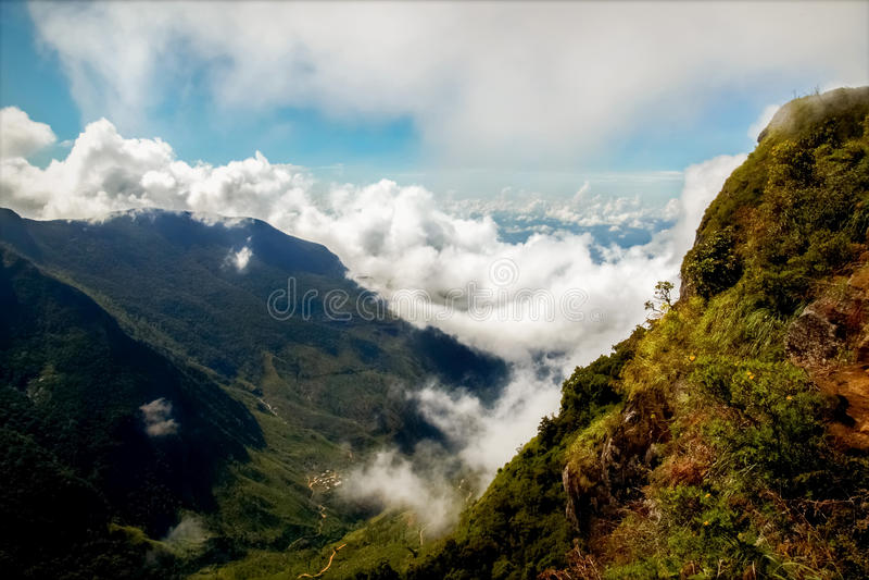 chmurnieje góry Plateau ` końcówka Światowy `, Horton, Sri Lanka fotografia royalty free