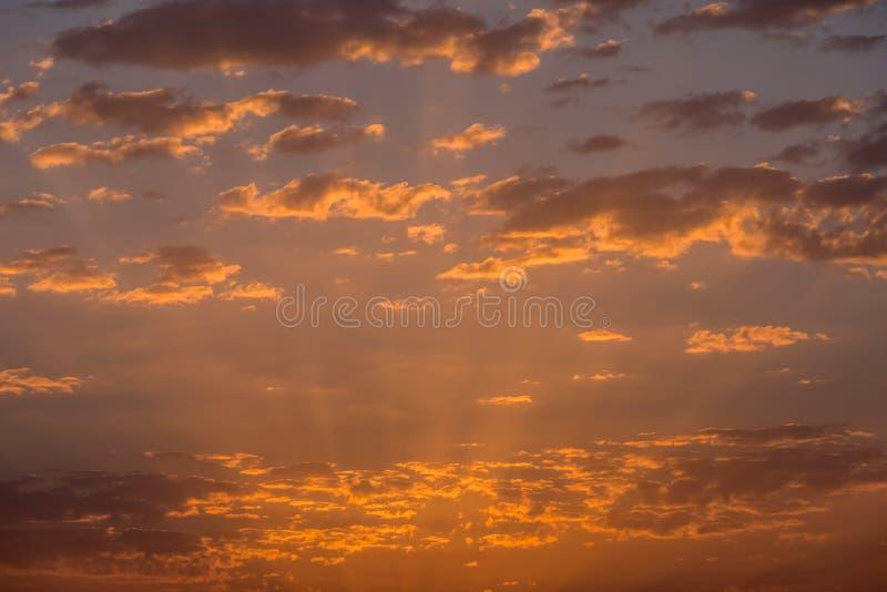 chmurnieje wschód słońca zmierzch zdjęcia stock