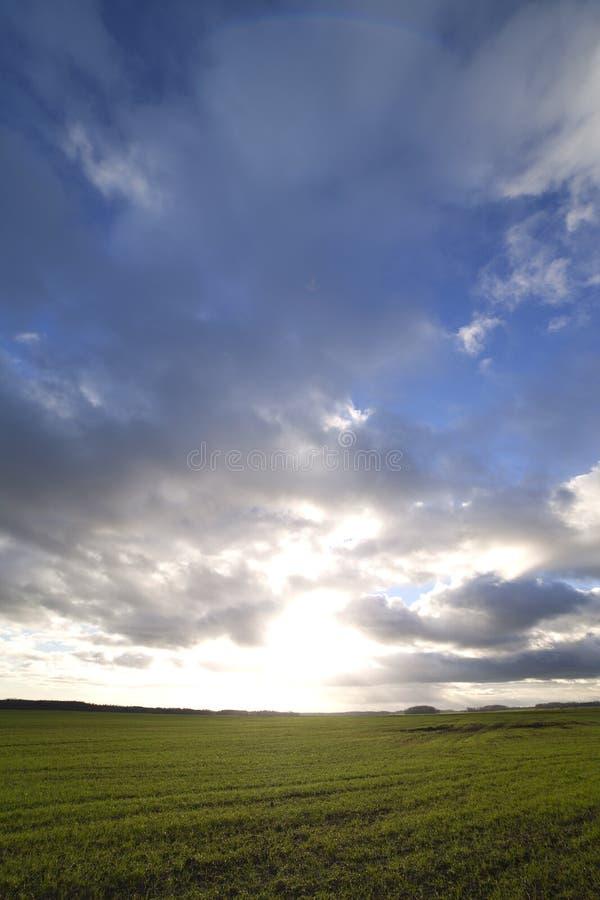 chmury lądują fotografia stock