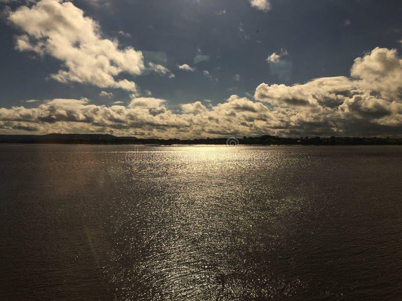 Chmury Nad Bristol Chanel fotografia stock