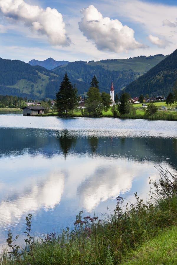 Chmury nad Sankt Ulrich am Pillersee, Austria obraz stock