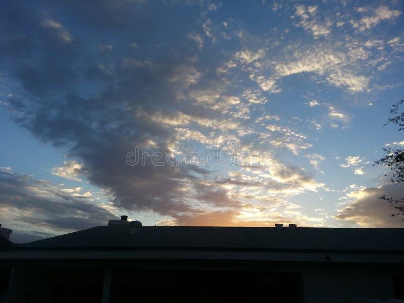 chmury rozpraszać obrazy stock
