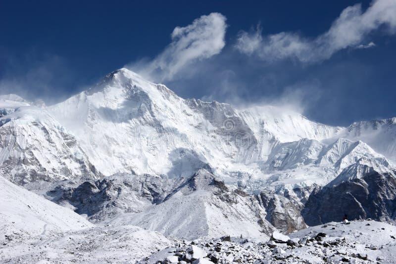 Cho Oyu, la sesta più alta montagna nel mondo fotografia stock libera da diritti