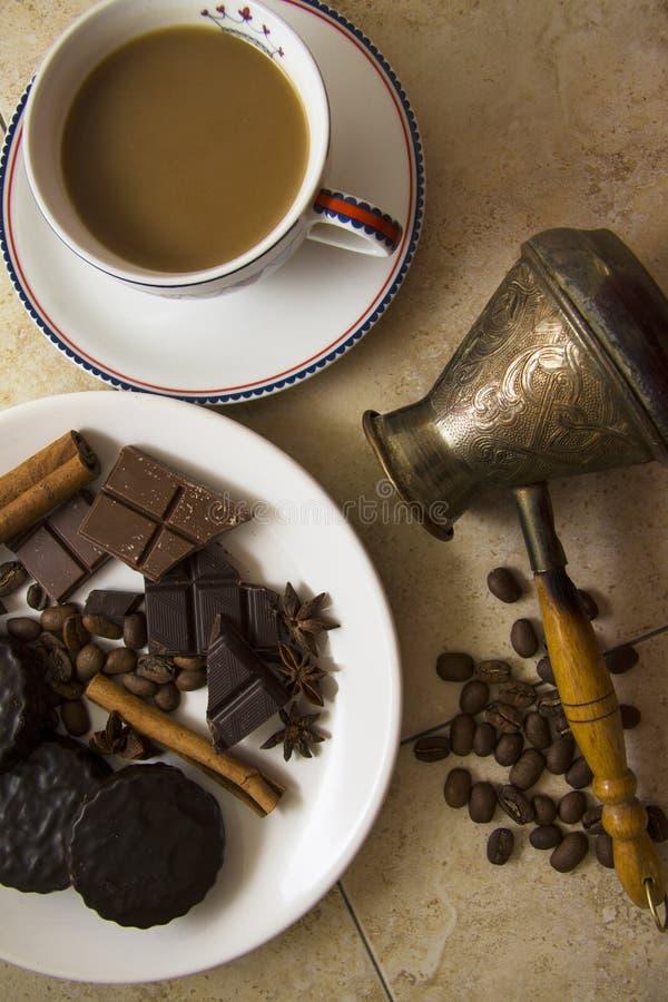 Choco met koffie en kaneel 20 stock foto's