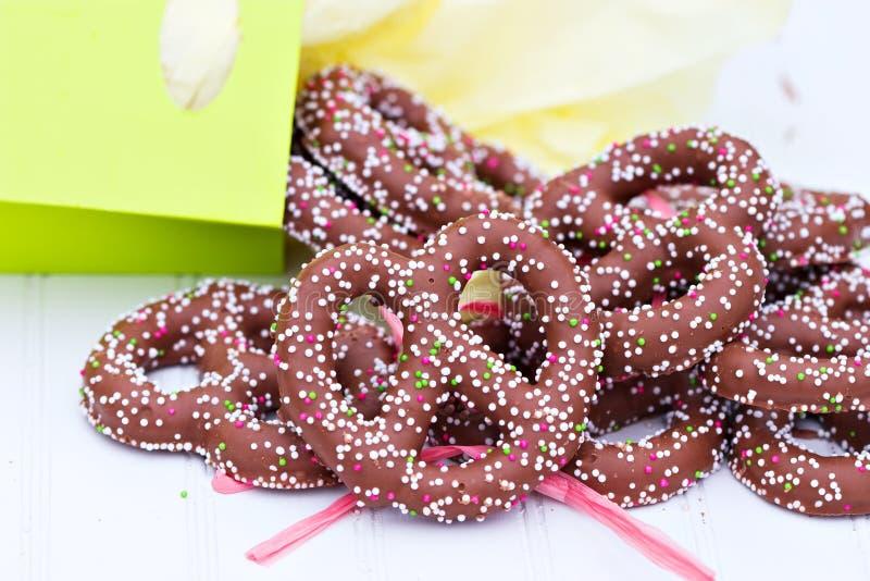 Chocolade behandelde pretzels stock afbeeldingen