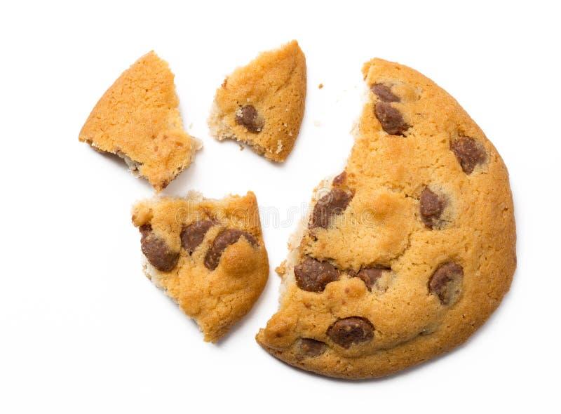 Chocolade Chip Cookie met crumbs royalty-vrije stock fotografie